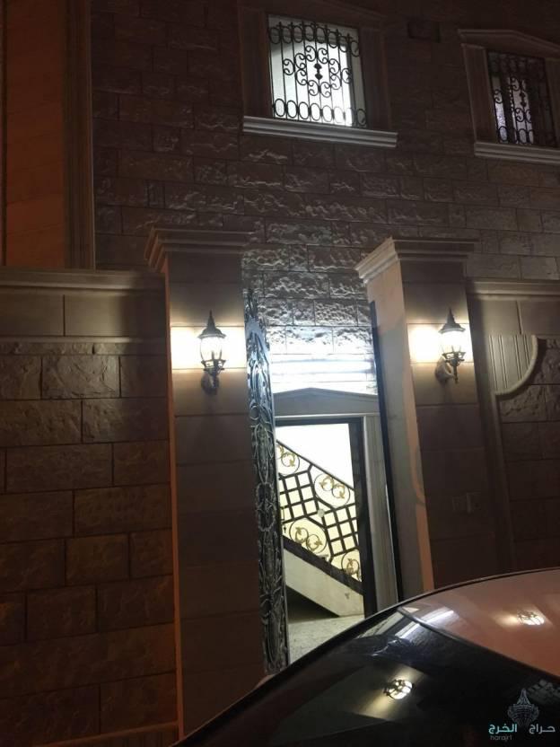 شقه دور علوي في حي الاندلس مدخل خاص