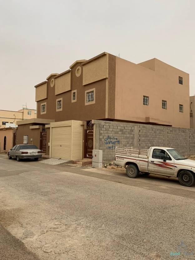 عماره جديده  دور وثلاث شقق للبيع بحي الاندلس