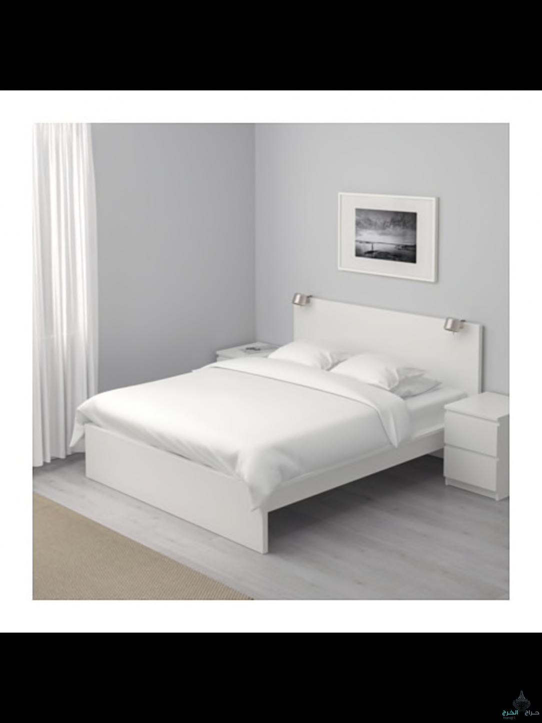 سرير  ابيض من ايكيا