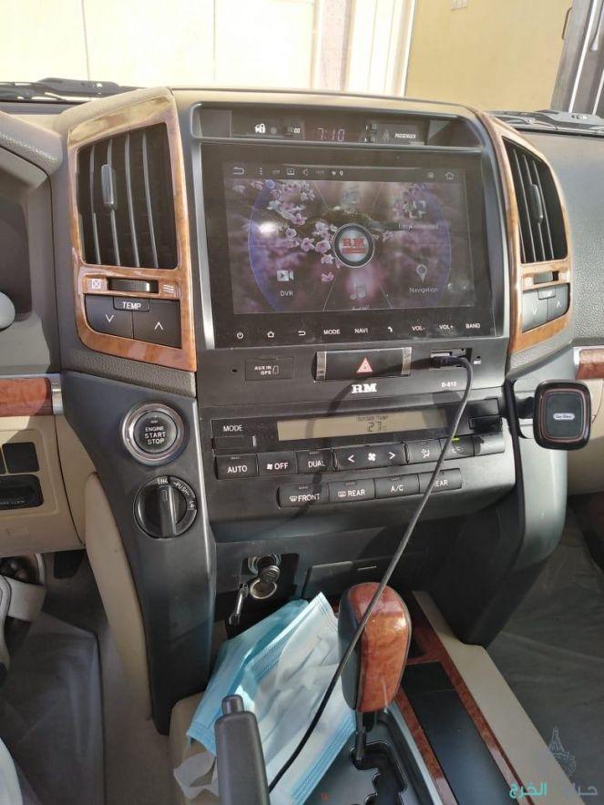 جيب تويوتا لاند كلوزر مديل 2015 بريمي فل كامل