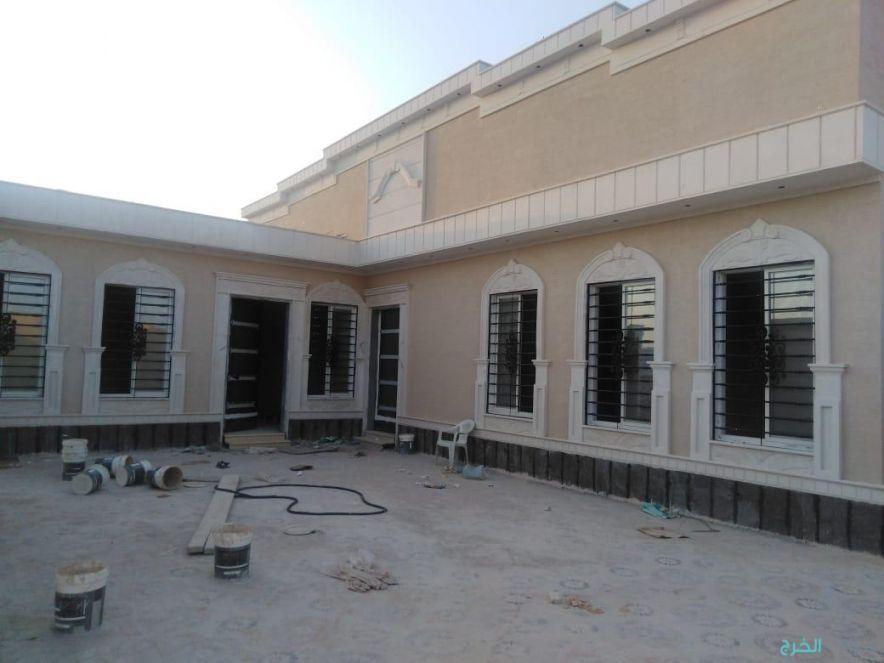 للبيع دور قمة الفخامة في حي السحاب بالخرج 645م مسطح البناء430م