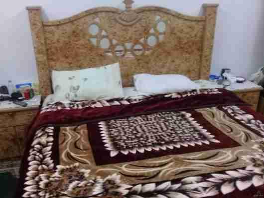 للبيع غرفه نوم كامله ممتازة+بوتاجاز٦٠*٦٠سم مع الانبوبه والمنظم والخرطوم+ثلاجه بابين