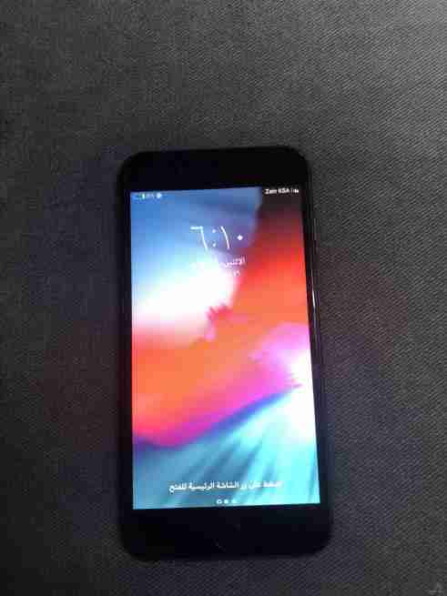 ايفون 8 بلس 64 قيقا للبيع
