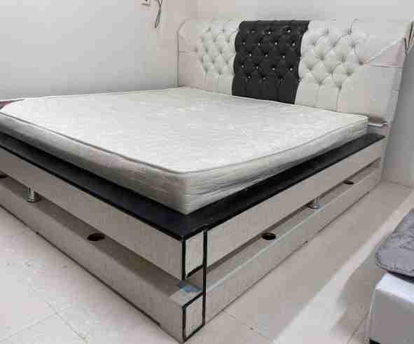 سرير نفرين ٢متر*٢متر فقط بدون المرتبه