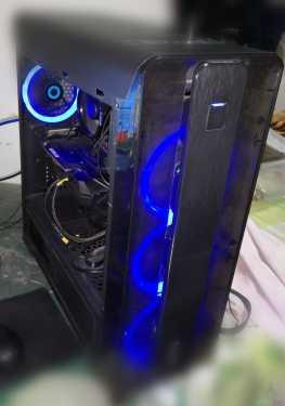 جهاز كومبيوتر العاب
