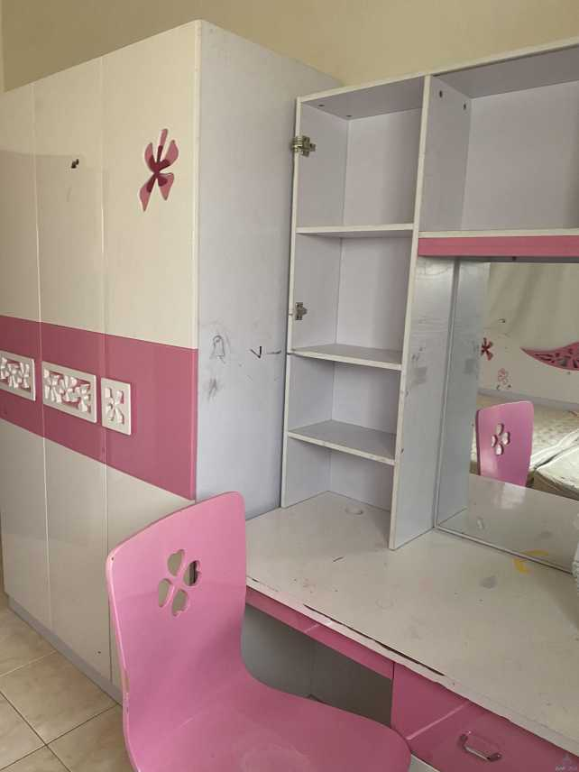 غرفة بنات للبيع