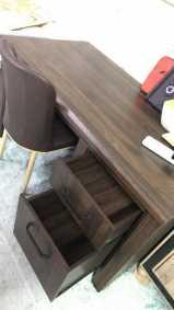 طاولة مكتب نظييفه للبيع