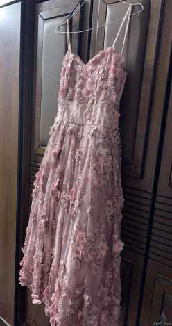 فستان حلو