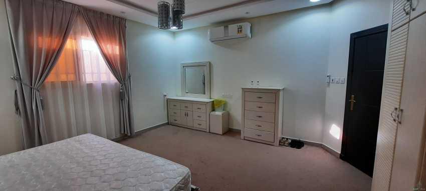 غرفة نوم كامله + دولاب تخزين للبيع