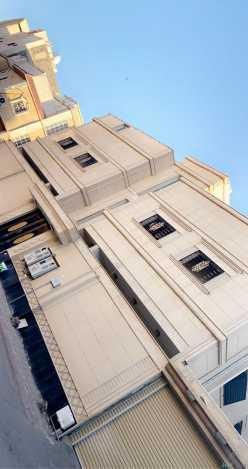شقة 4 غرف وصالة بالعزيزية