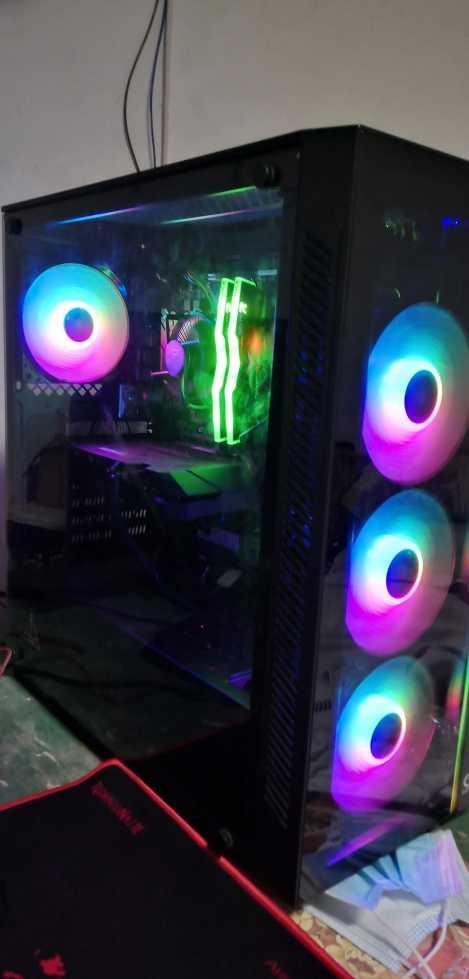 جهاز كومبيوتر جيمنج gaming pc