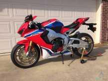 Honda  CBR   1000cc......whatsapp......+966549459625