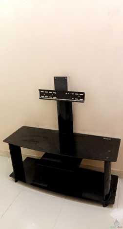 طاولة تلفزيون بلازما