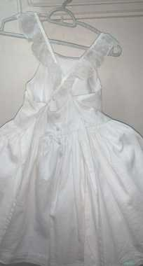 فستانين  بناتي ابيض من محل كيابي