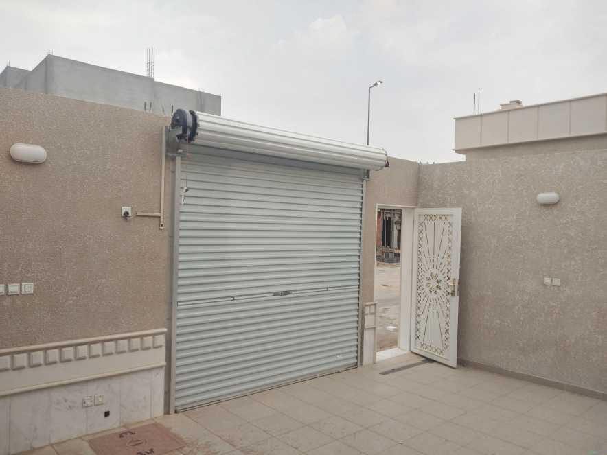 للبيع دور فخم في حي السحاب بالخرج المساحة450م