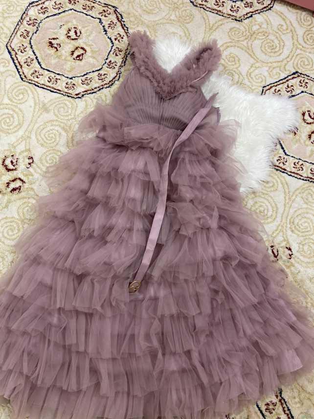 فستان وردي جديد موديل هذه السنه لبس مره وحده فقط ونظظظيف