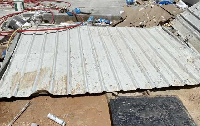 ١ شينكوا كراج عرض ٣متر و٢ شينكوا عرض مترين للبيع